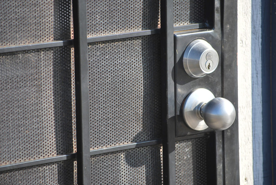 The Importance Of Deadbolt Lock - Locksmith Denver
