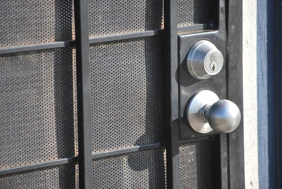 The Importance Of Deadbolt Lock - Locksmith Denver
